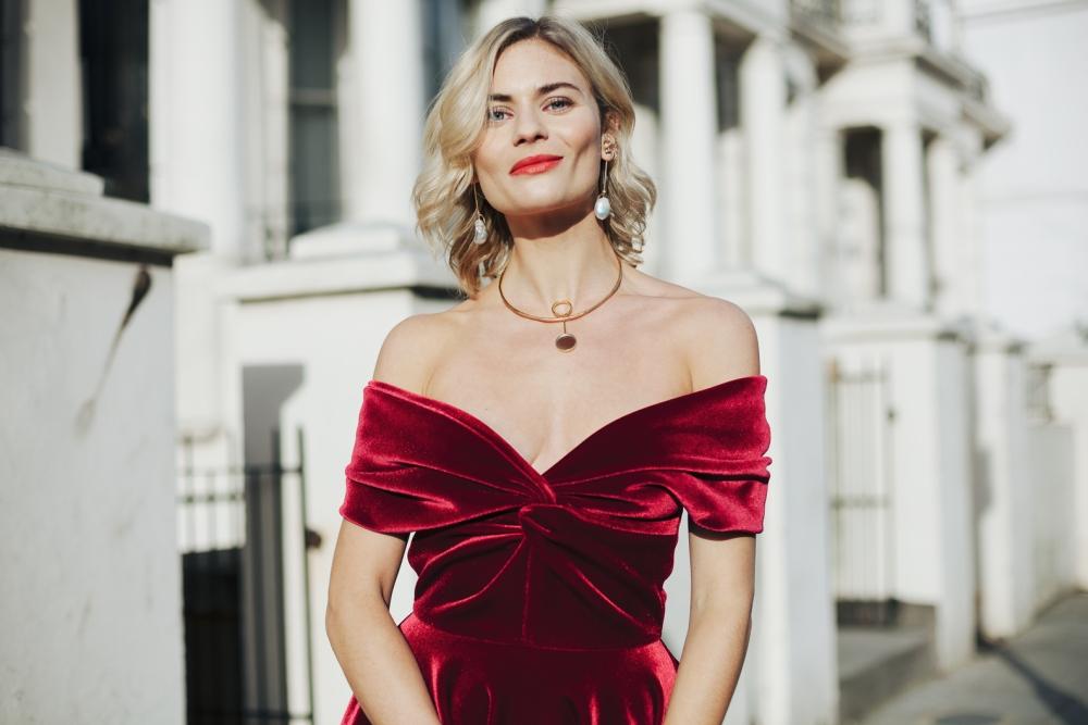 Pandora red dress - Copy